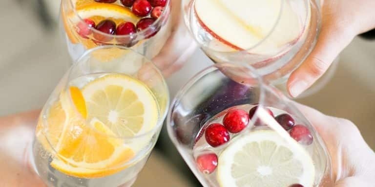 5 Delicious Fall Infused Water Recipes